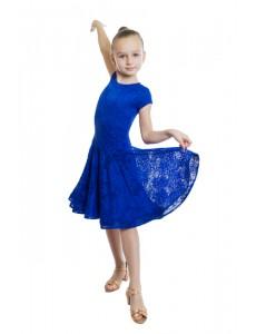 Платье рейтинговое с двойным ленточным регилином.